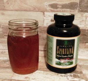 Spirulina pulver und Honig